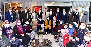 Kirazlıyayla Kadınlarından Akşener'e şikayet ziyareti