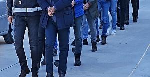 İzmir'deki FETÖ operasyonunda 29 zanlı gözaltına alındı