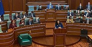 """Kosova'nın yeni Cumhurbaşkanı Vjosa Osmani: """"Bugün Kosova bir kadın cumhurbaşkanı seçti"""""""