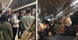 Tam kapanmanın ilk gününde metroda yoğunluk: Ek seferler düzenlendi