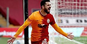 Galatasaray'ın yeni transferi Emre Akbaba!