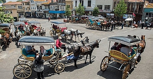 İBB Adalar'da faytona koşulan atlar sorununu çözüme kavuşturdu
