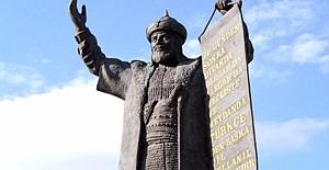 Türk Dil Bayramı'nın 744. yıl dönümü kutlanıyor!