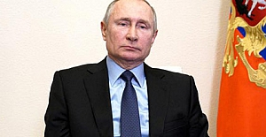 """Putin'den Sputnik aşısı yorumu: """"Kalaşnikof gibi güvenilir.."""""""
