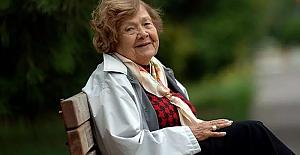 107. yaşını kutlayan Muazzez İlmiye Çığ, uzun ömrün sırlarını anlattı