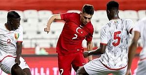 A Milli Futbol Takımı, Gine ile 0-0 berabere kaldı