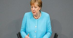 Merkel'den Türkiye açıklaması: Hızla hayata geçirmeliyiz!