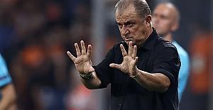 """Fatih Terim PSV yenilgisiyle ilgili konuştu: """"Hiç pozisyon vermeden gol yedik"""""""