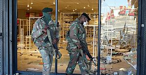 Güney Afrika'daki protestolarda 32 kişi hayatını kaybetti, 757 kişi gözaltına alındı