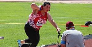 Milli Sporcu Pınar Akyol'dan altın madalya