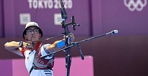 2020 Tokyo Olimpiyat Oyunları Şampiyonu Milli Okçu Mete Gazoz'u Alkışlıyoruz