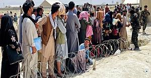 Birleşik Krallık, Afganistan'dan 20 bin göçmen kabul edeceğini açıkladı