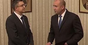 Bulgaristan'da hükümeti kurma görevi Plamen Nikolov'a verildi