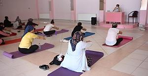 Çalı'da kadınlara pilates eğitimi
