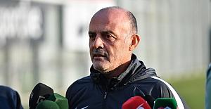 """Bursaspor Teknik Direktörü Özcan Bizati: """"Başarmak İçin Herkese İhtiyacımız Var"""""""
