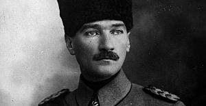 Kıbrıslı Rumlar Atatürk'ü öven kitabı müfredattan çıkardı