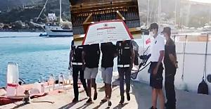 Marmaris açıklarında 9 FETÖ'cü kaçmaya çalışırken botta yakalandı