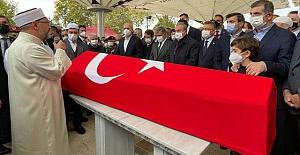 İHA ve SİHA'ların öncü ismi Özdemir Bayraktar'a veda