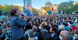 Meral Akşener'in Bursa Orhangazi'deki ziyareti mitinge dönüştü
